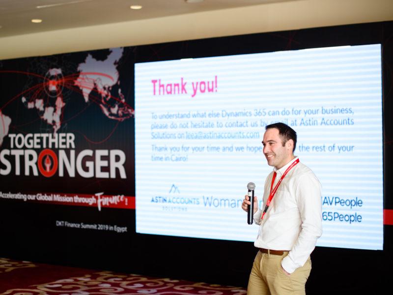 Lee Astin speaking at DKT International summit